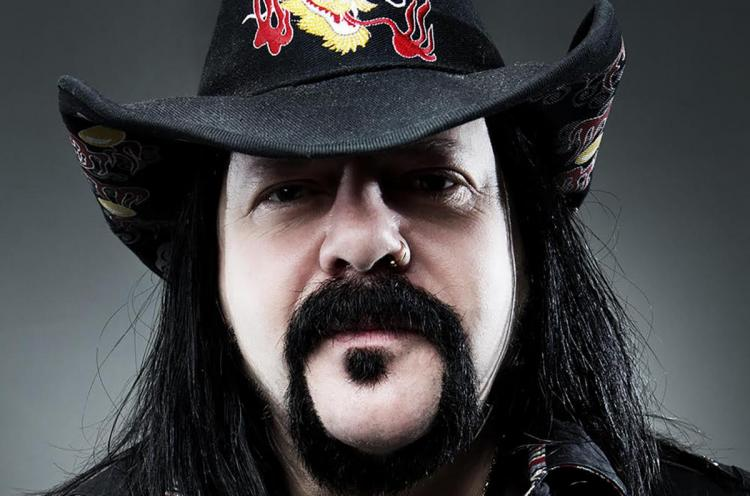vinnie-paul-press-billboard-1548.jpg