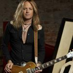 DOUG ALDRICH SPEAKING VERY LOUD