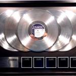 25x PLATINUM TO BACK IN BLACK ΤΩΝ AC/DC