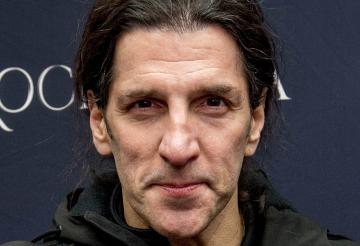 ANTHRAX'S FRANK BELLO: 'I WISH I WAS BORN IN A TIME WHEN PEOPLE WERE MORE PATIENT WITH OTHER PEOPLE'