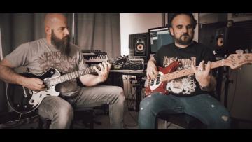 VOIDNAUT- Hunted  Guitar & Bass playthrough (Album Nadir)