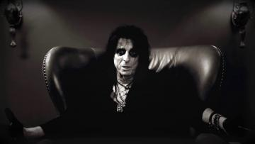 "Alice Cooper Interview About ""Paranormal"" / Qstock appearance"