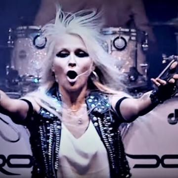 "DORO: ΔΙΑΣΚΕΥΑΖΕΙ LIVE TO ""ΒREAKING THE LAW"" ΤΩΝ PRIEST"