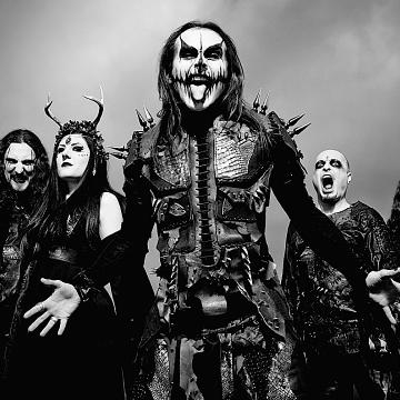 """CRADLE OF FILTH BASSIST DANIEL FIRTH FILMS PLAYTHROUGH VIDEO FOR """"CRAWLING KING CHAOS"""""""