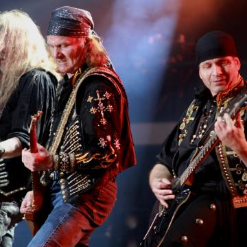 """RUNNING WILD RELEASE NEW SINGLE AND LYRIC VIDEO """"THE SHELLBACK"""""""