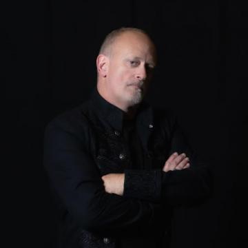 FIREWOLFE recruits original HEIR APPARENT frontman PAUL DAVIDSON as new vocalist