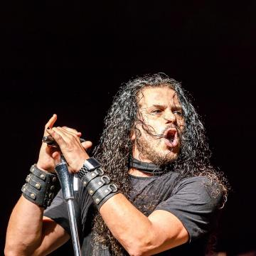 """JEFF SCOTT SOTO DEBUTS MUSIC VIDEO FOR COVER OF YNGWIE MALMSTEEN'S """"DON'T LET IT END"""""""
