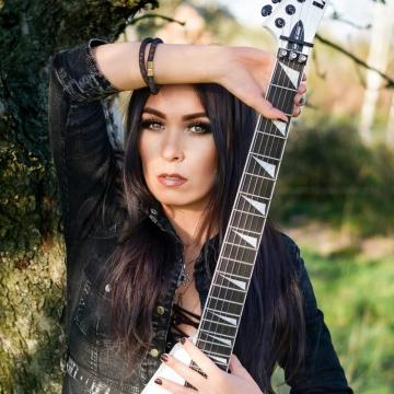 """CRYSTAL VIPER FRONTWOMAN MARTA GABRIEL DEBUTS LYRIC VIDEO FOR COVER OF ROCK GODDESS CLASSIC """"MY ANGEL"""""""