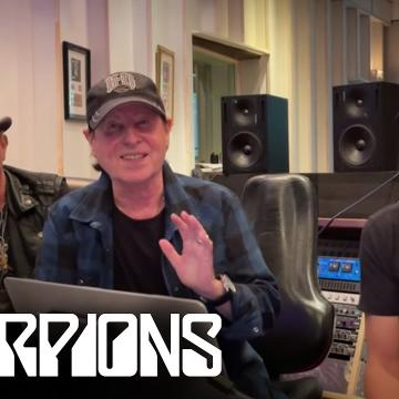 """SCORPIONS PERFORM """"BIG CITY NIGHTS"""" LIVE IN MEXICO CITY 1994; VIDEO"""